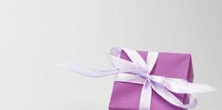 Kosmetyczne zestawy prezentowe dla niej i dla niego